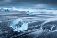 Wave_Rush_at_Ice-Beach